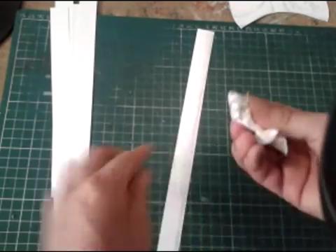 El mundo en línea borrones con papel