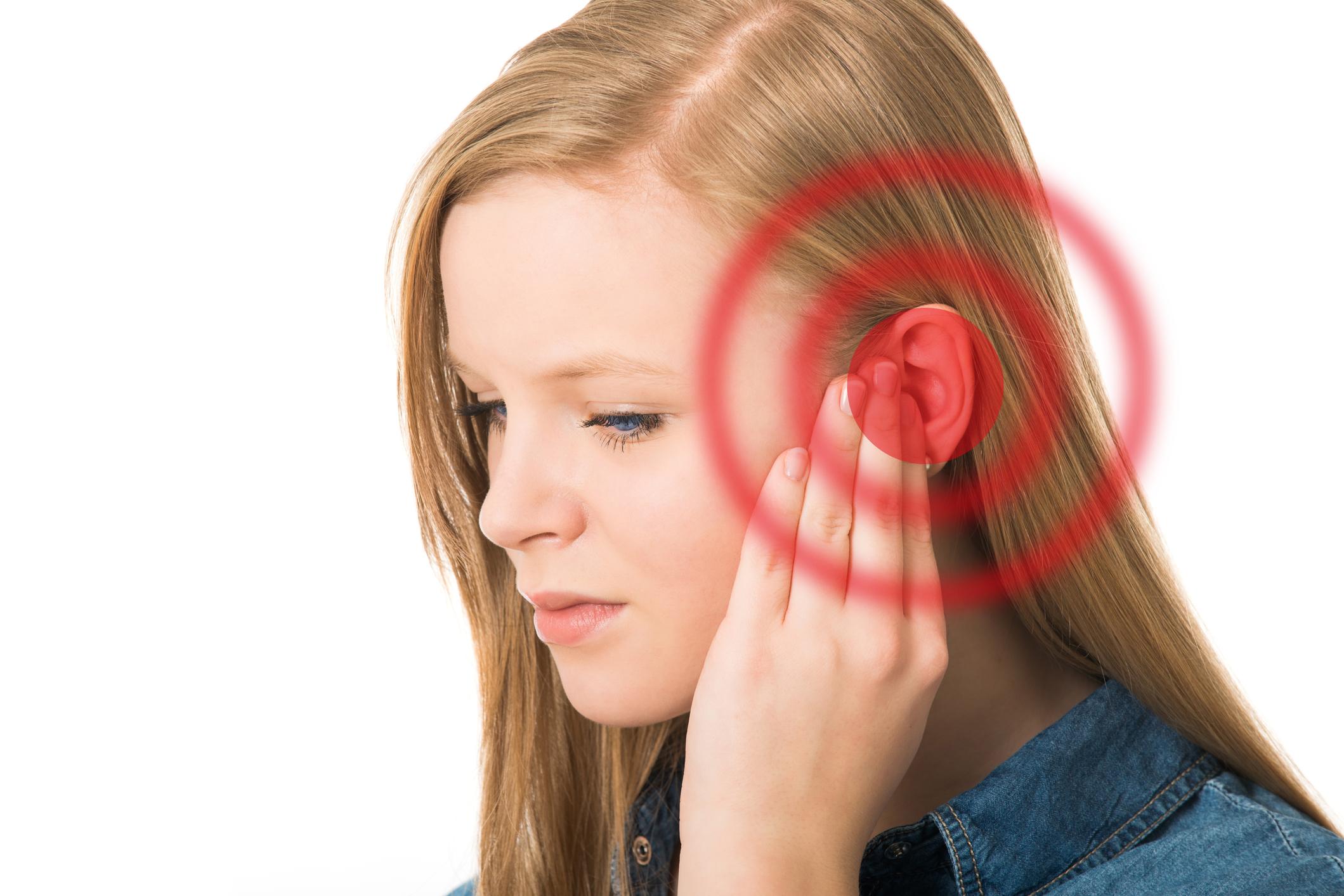 Tinitus Cura molestia en el oído